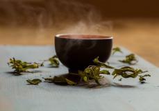 何力生:一个人的小千世界,全在茶里